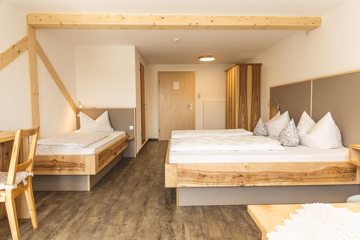2-3 Bett-Zimmer Esche